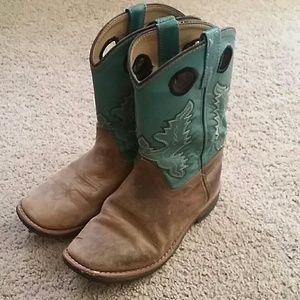 Girls smokey mountain boots